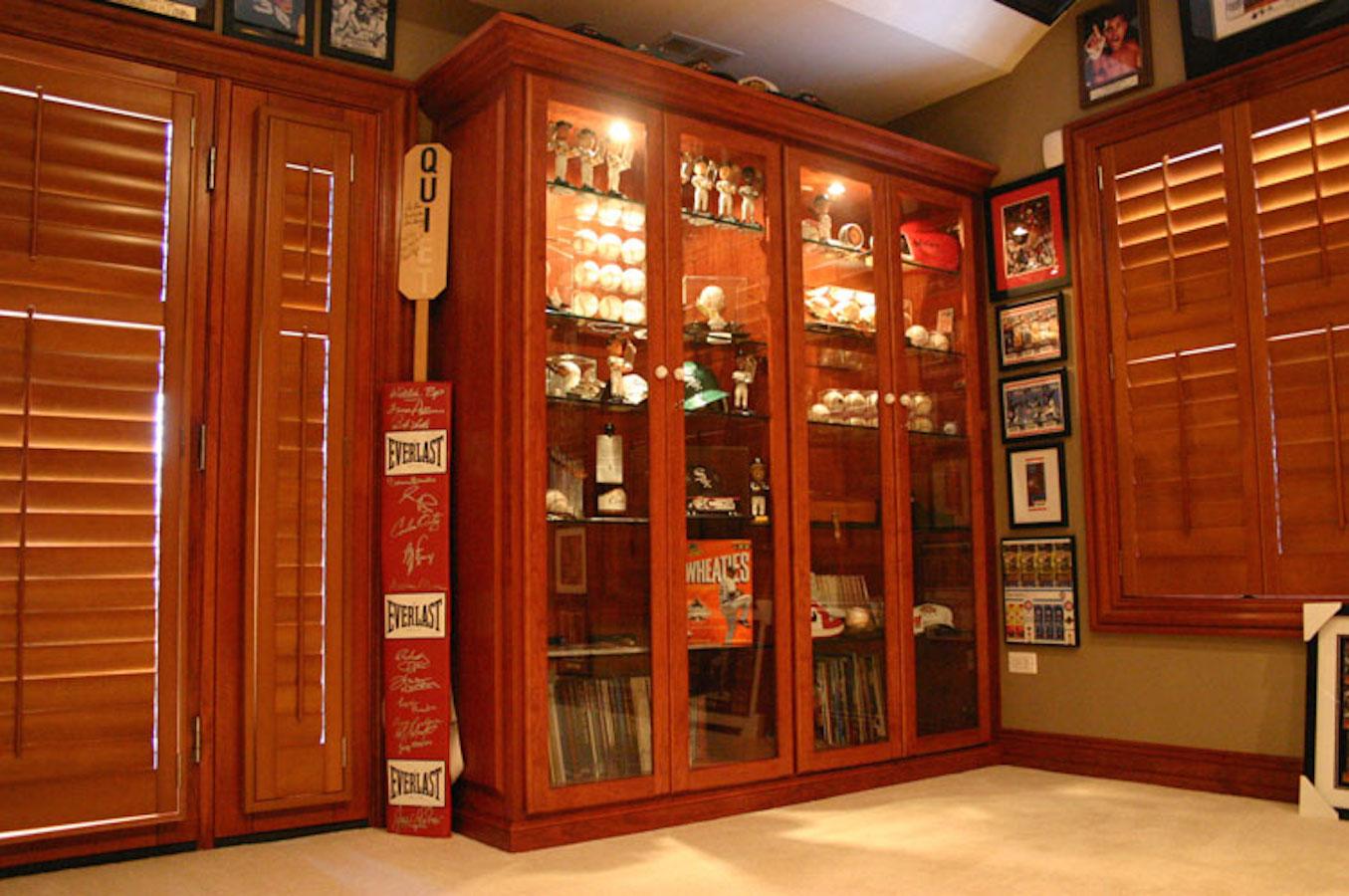 Custom closet lighting chicago closets cabinets and - Custom display cabinets ...