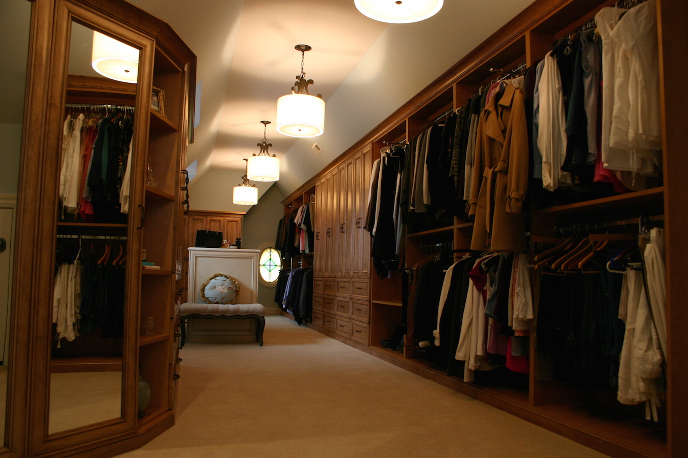 Custom Walk-In Closet 2